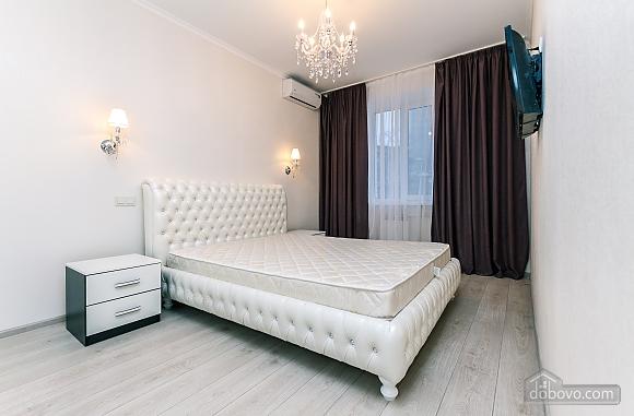 VIP apartment near Palats Sportu, Una Camera (60935), 001