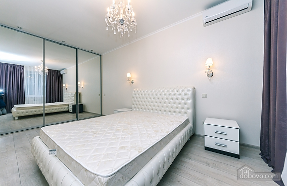 VIP apartment near Palats Sportu, Una Camera (60935), 002