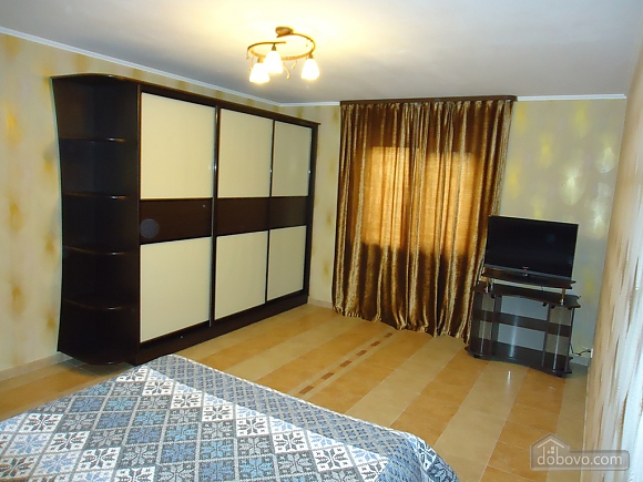 House in the city center, Two Bedroom (18425), 005