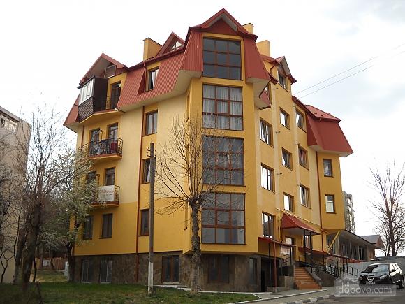 Luxury in Truskavets city center, Una Camera (86069), 010