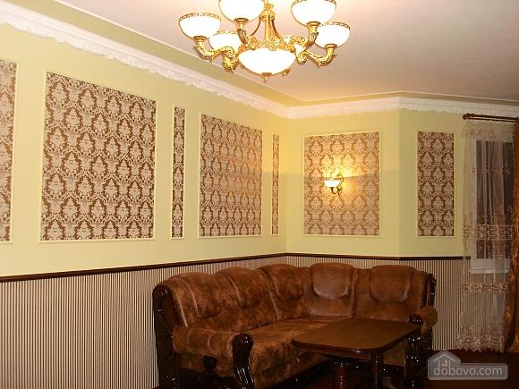 Luxury in Truskavets city center, Una Camera (86069), 001