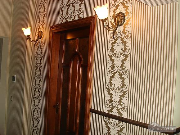 Luxury in Truskavets city center, Una Camera (86069), 006