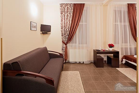 Comfort suit in a mini-hotel, Studio (94409), 001
