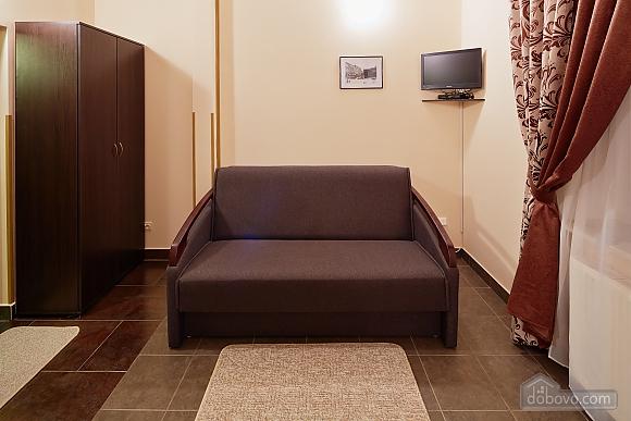 Comfort suit in a mini-hotel, Studio (94409), 004