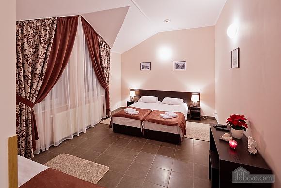 Comfort suit in a mini-hotel, Studio (87670), 003