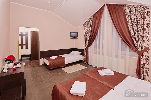 Comfort suit in a mini-hotel, Studio (87670), 004