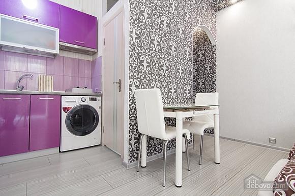 Stylish apartment in Odessa center, Studio (81911), 011