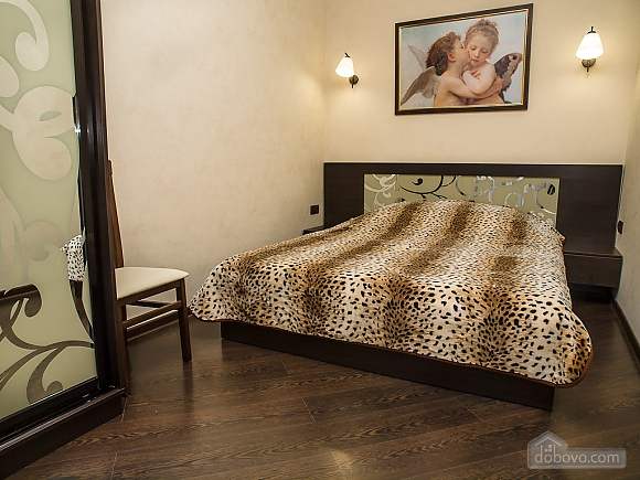 Квартира VIP-класу, 2-кімнатна (77687), 002