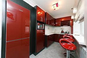 VIP design on Lesi Ukrayinky, Trois chambres, 001