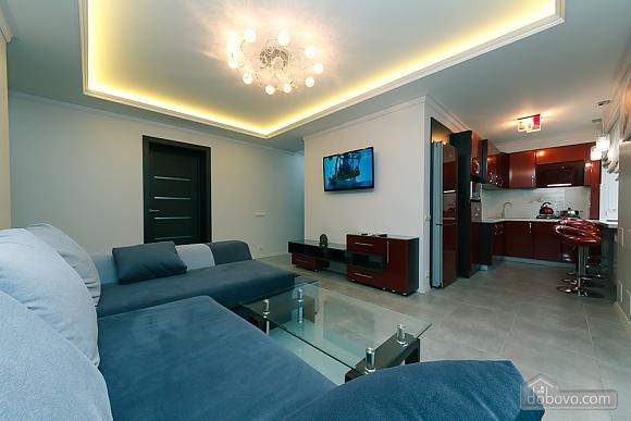 VIP design on Lesi Ukrayinky, Tre Camere (24302), 018