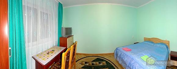 Затишна квартира неподалік від бювету, 1-кімнатна (84350), 001