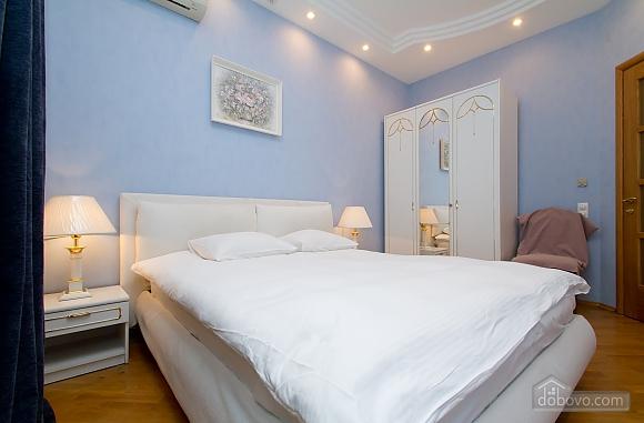Квартира недалеко від Майдану Незалежності, 3-кімнатна (29353), 012