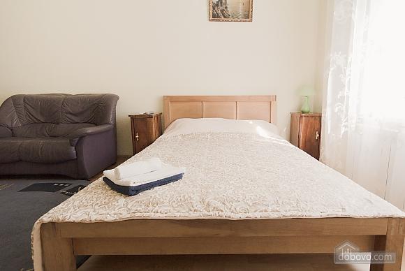 Квартира біля Дерибасівської, 1-кімнатна (31214), 002