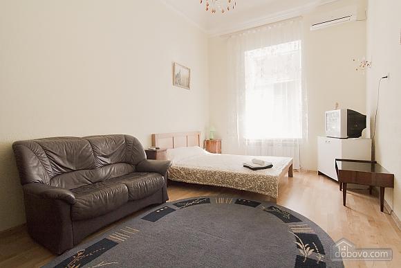 Квартира біля Дерибасівської, 1-кімнатна (31214), 003