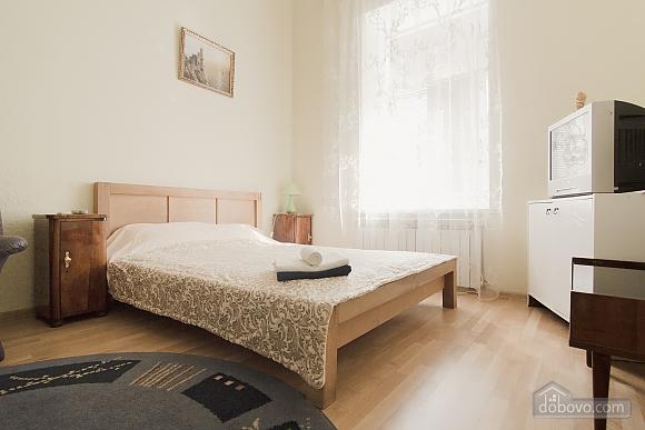 Квартира біля Дерибасівської, 1-кімнатна (31214), 001