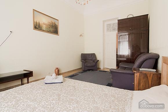 Apartment near Derybasivska, Studio (31214), 005
