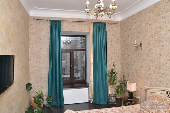 Apartment with two separate bedrooms and a living room-studio for 6 people, Due Camere (30728), 025