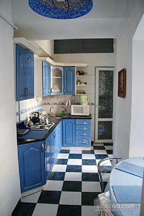 Near Rynok Square, Two Bedroom (89435), 013