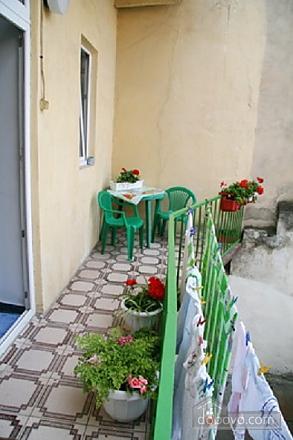 Near Rynok Square, Two Bedroom (89435), 014