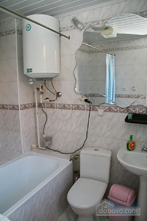 Near Rynok Square, Two Bedroom (89435), 015