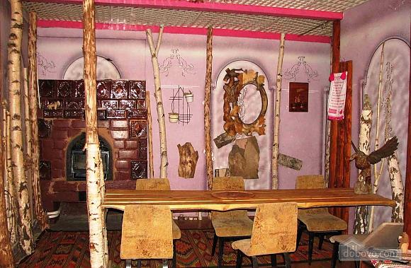 Forrest nut manor, Five Bedroom (88753), 002