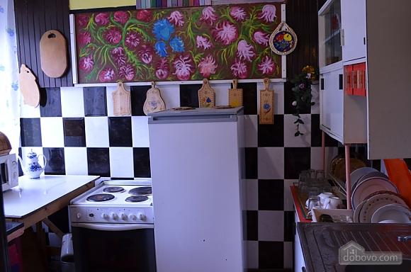 Forrest nut manor, Five Bedroom (88753), 009