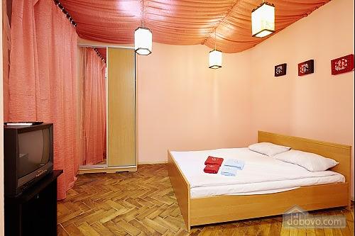 Центр Львова, 1-комнатная (82823), 001