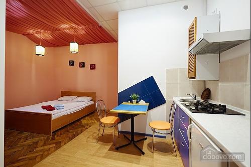 Центр Львова, 1-комнатная (82823), 003