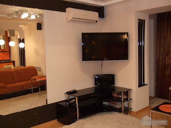 Apartment in Zaporozhye, Studio (95056), 004