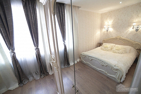 VIP-квартира біля берега моря, 3-кімнатна (35280), 005