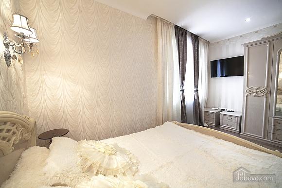 VIP-квартира біля берега моря, 3-кімнатна (35280), 007