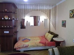Cozy apartment in the center of Kherson, Studio, 002