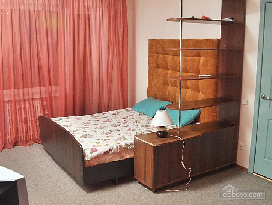 Квартира класу комфорт біля метро Університет, 1-кімнатна (67926), 001