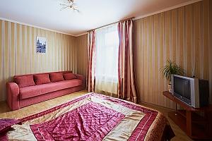 Апартаменти на площі Ринок, 2-кімнатна, 003