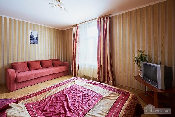 Apartment on Rynok square, One Bedroom (90890), 003