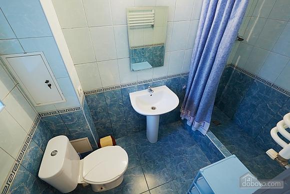 Апартаменти на площі Ринок, 2-кімнатна (90890), 005