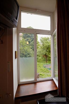 Apartment in the city center, Studio (57410), 010