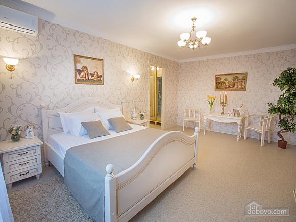 VIP-апартаменты, 1-комнатная (40309), 001