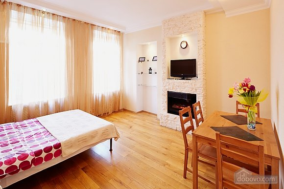 Romantic apartment 5 minutes from the Opera Theatre, Monolocale (48385), 004