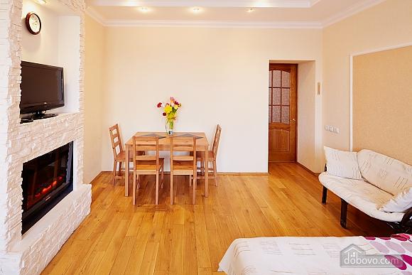 Романтична квартира біля Оперного театру, 1-кімнатна (48385), 007