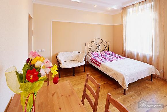 Романтична квартира біля Оперного театру, 1-кімнатна (48385), 009