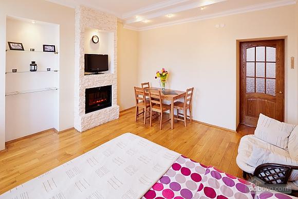 Романтична квартира біля Оперного театру, 1-кімнатна (48385), 010