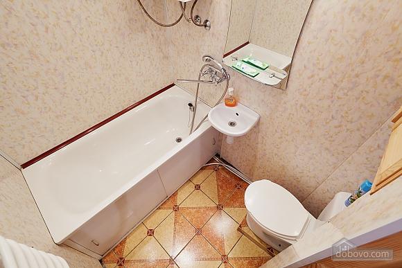 Романтична квартира біля Оперного театру, 1-кімнатна (48385), 012