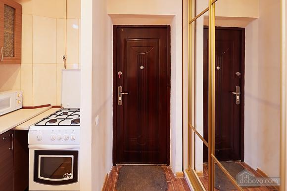 Романтична квартира біля Оперного театру, 1-кімнатна (48385), 015
