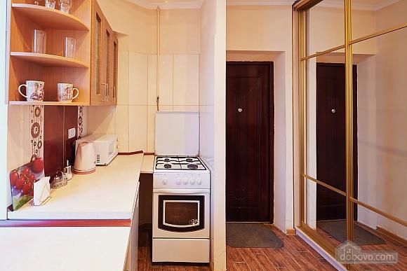 Романтична квартира біля Оперного театру, 1-кімнатна (48385), 016