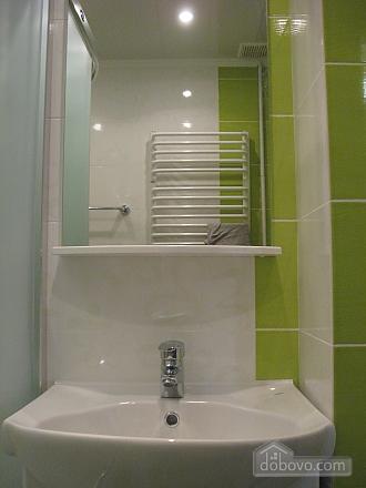 Rent a cheap apartment in Truskavets, Una Camera (74976), 006