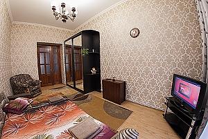 Near Opera Theatre, Two Bedroom, 004