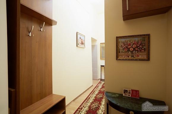 Квартира в центре, 1-комнатная (16719), 006