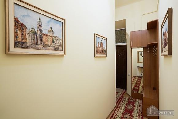 Квартира в центре, 1-комнатная (16719), 008