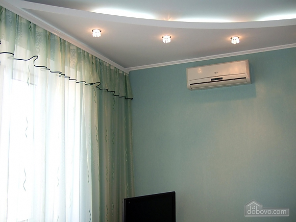 Apartment in Zaporozhye in a good location., Studio (27112), 002